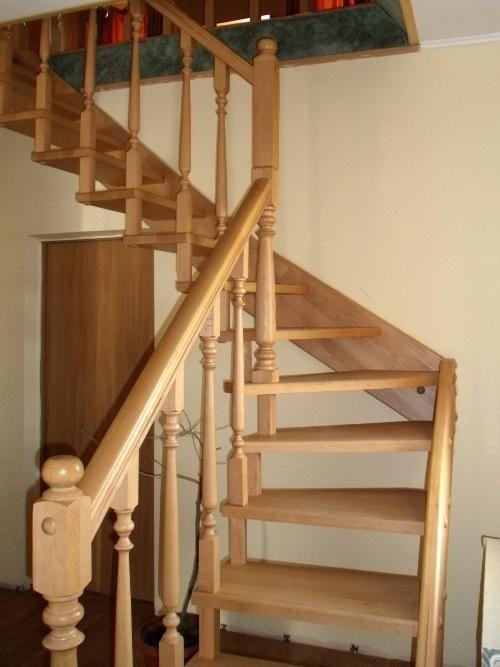 Пример лестницы на мансарду