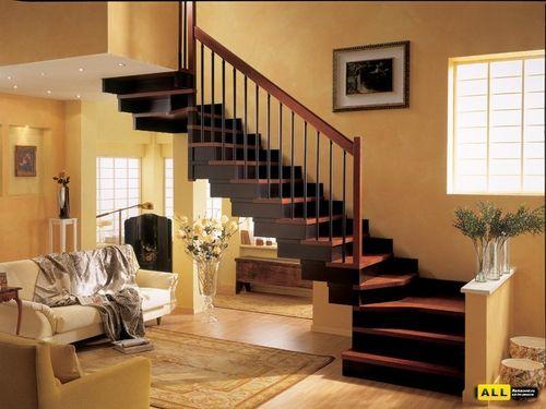 Как подобрать лестницу к интерьеру помещения