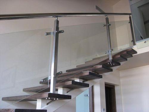 Перила для лестниц в Москве Изготовление перил