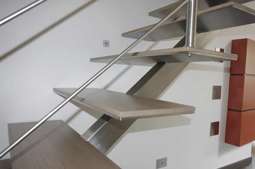Лестница под серебро