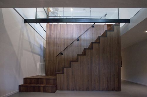 Лестница в здание