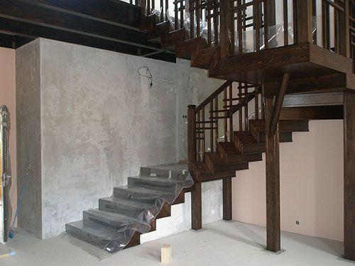 Чем хороша лестница с площадкой?