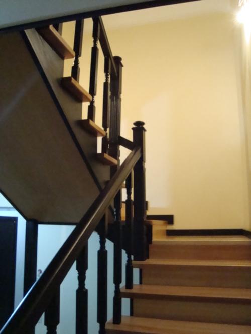 Лестница с использованием дерева