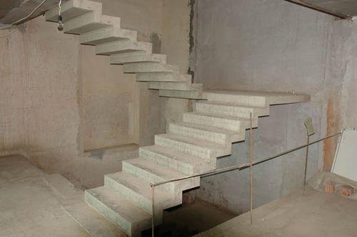 monolitnye_lestnicy_iz_betona__04