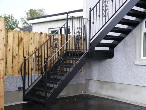 Лестница своими руками на второй этаж уличная