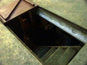 Лестница с люком