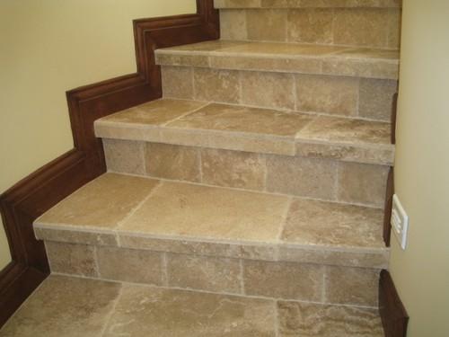 Лестница с плиткой под камень