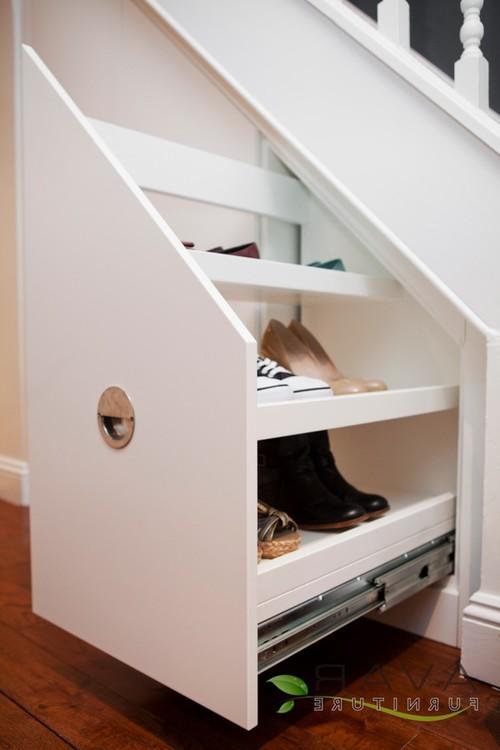 Шкаф под лестницей своими руками