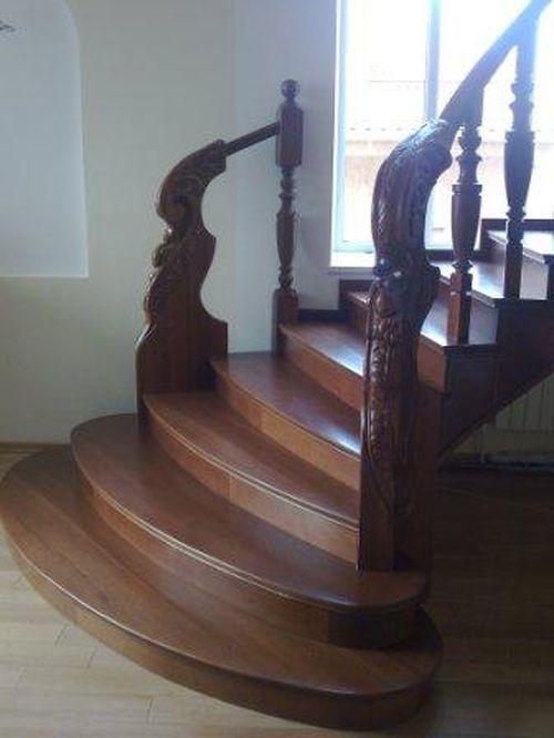 Пример лестницы из бука