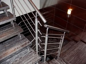Отделка лестниц