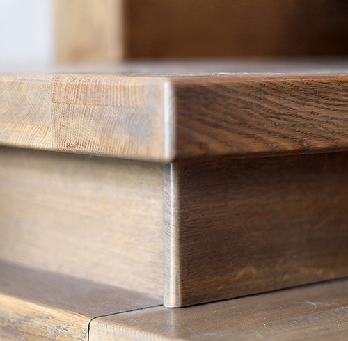 Купить ступени для деревянных лестниц из дерева дуба