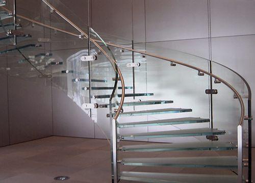 Как выбрать ПВХ поручни для перил лестницы