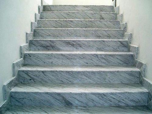 Лестницы от компании Ренессанс