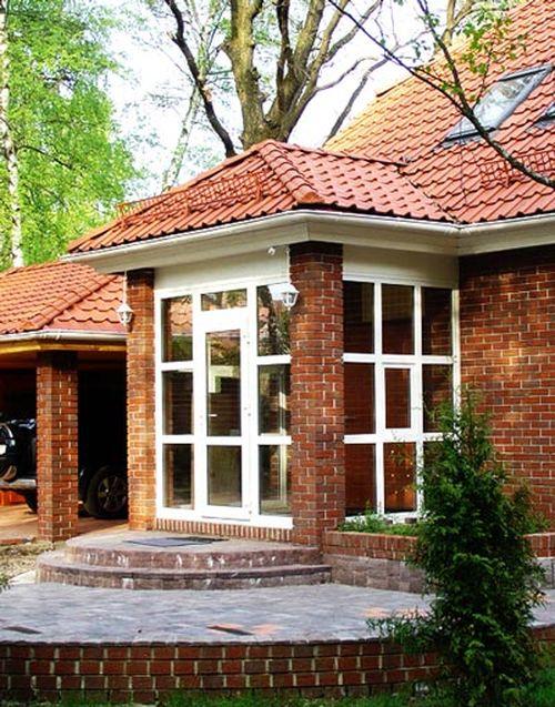 Дизайн крыльца кирпичного дома фото