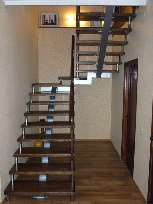 Выбираем наборную лестницу