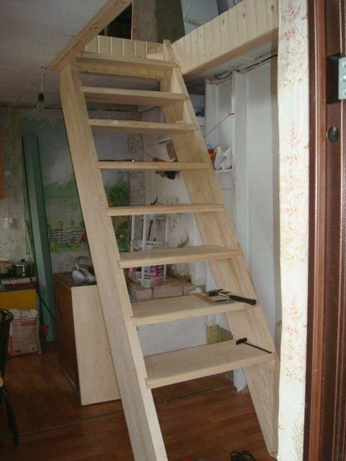 Выдвижная лестница на второй этаж своими руками