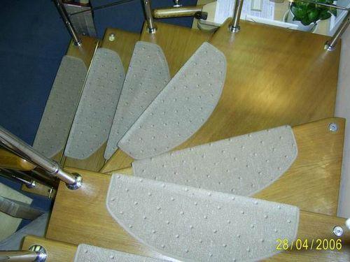 На модульной лестнице