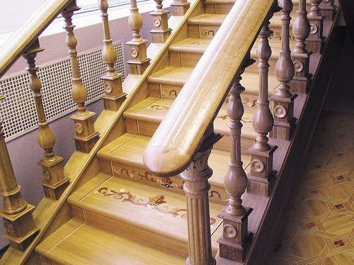 Какой должна быть ширина и высота поручня лестницы