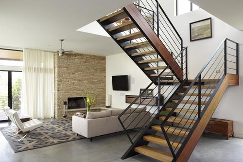 Идеи обустройства лестницы на второй этаж