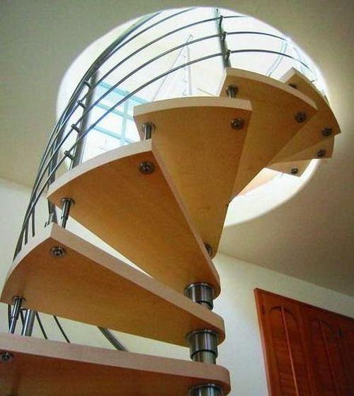 Как сделать круговую лестницу на второй этаж