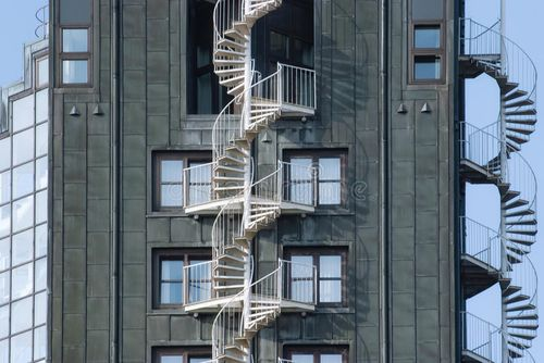 Главное про пожарные лестницы на зданиях