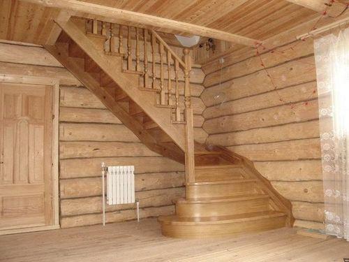 Поворотно-маршевая лестница