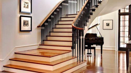 Выбираем цвета деревянных лестниц в доме